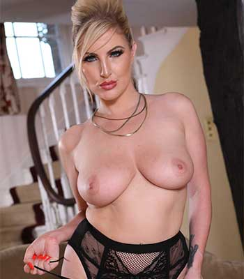 Xxx Money milf for cash pics and galleries
