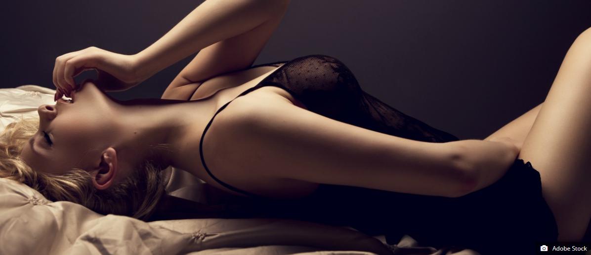Wife masturbating orgasm image fap