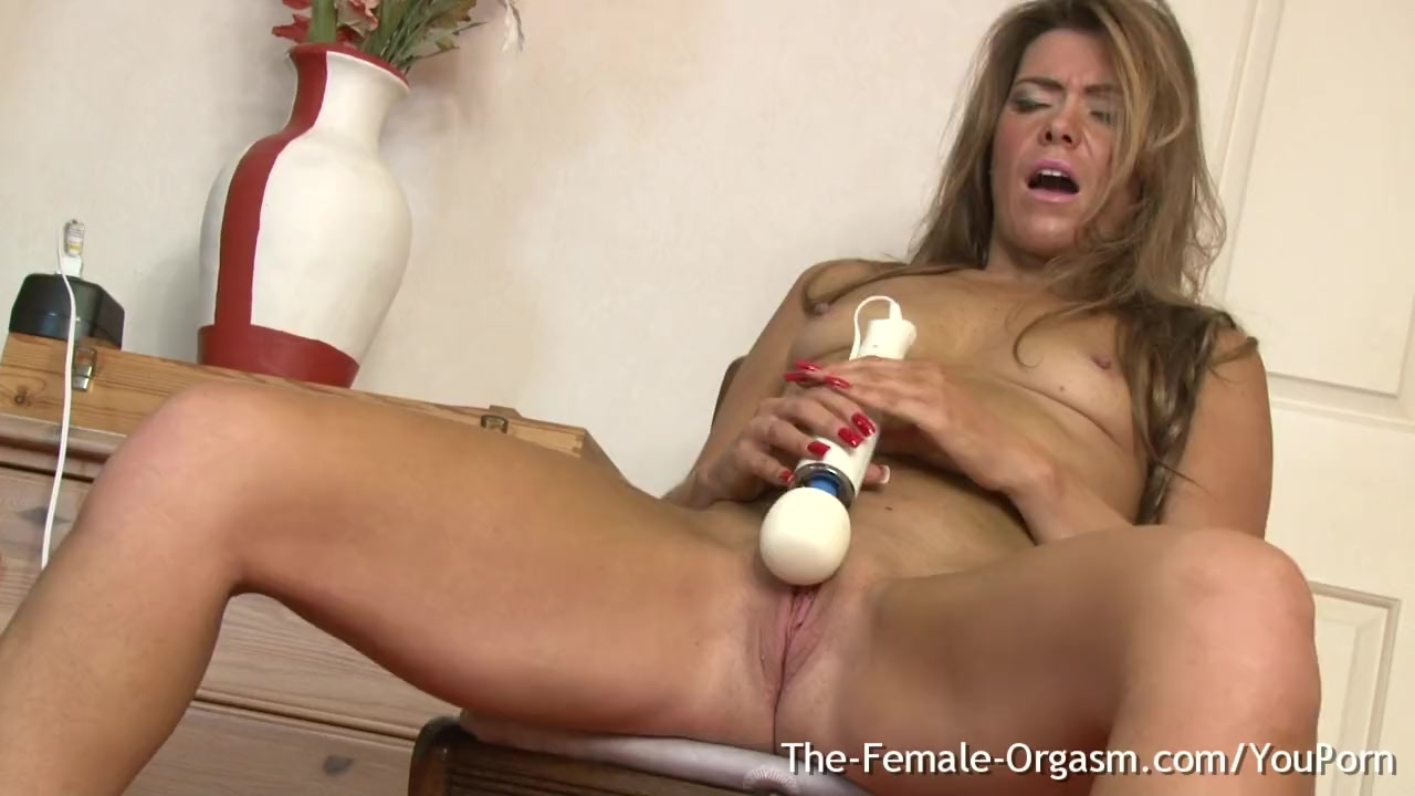 Natural masturbates with magic wand free videos watch
