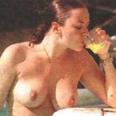 Has martine mccutcheon ever been nude