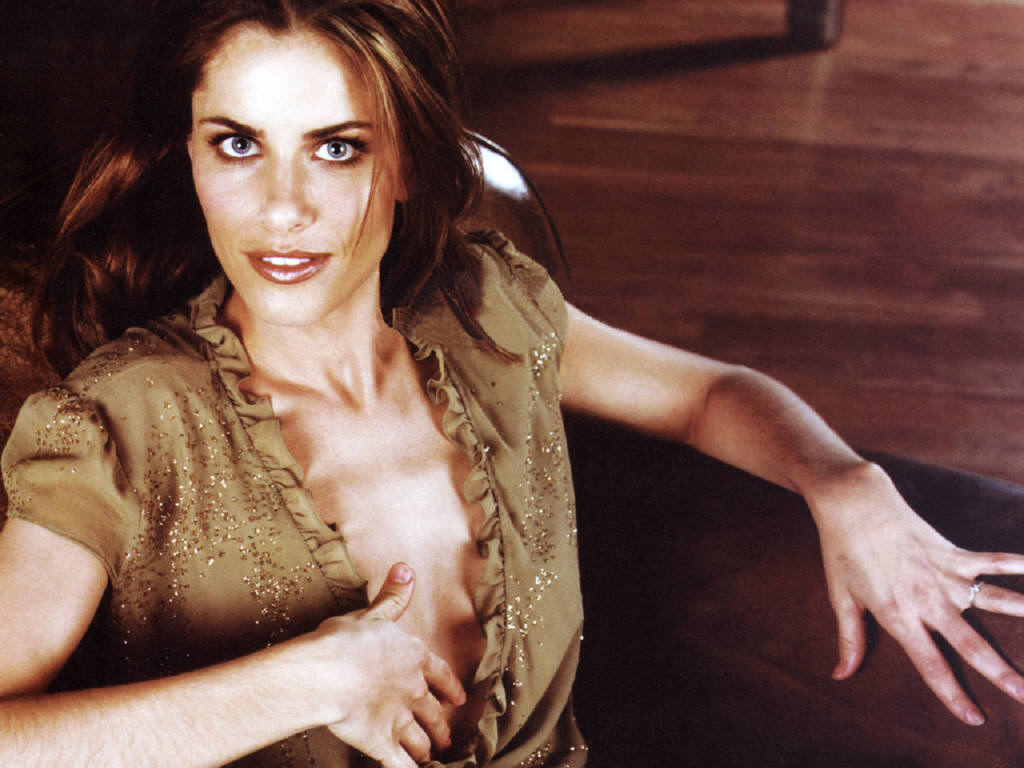 Amanda peet nude movies an enormous bunch of amazing