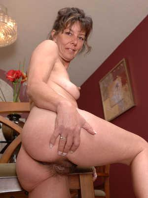 Sexy mature women tgp