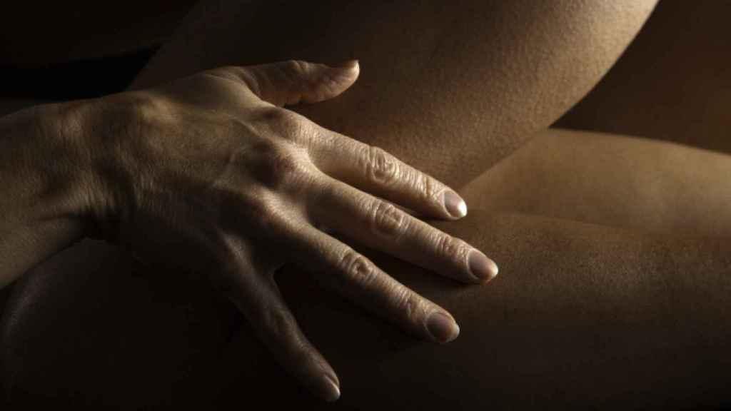 Date ariane sex in hot tub