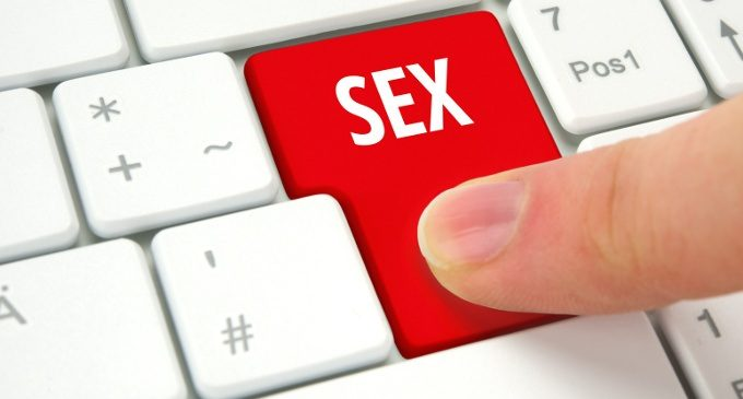 Free adult chat no java