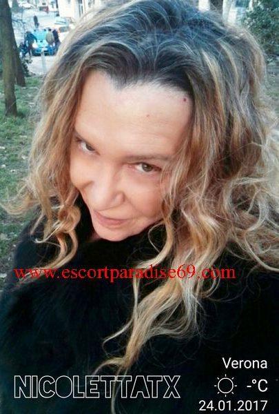 Italy wbcamonlin sexy girl