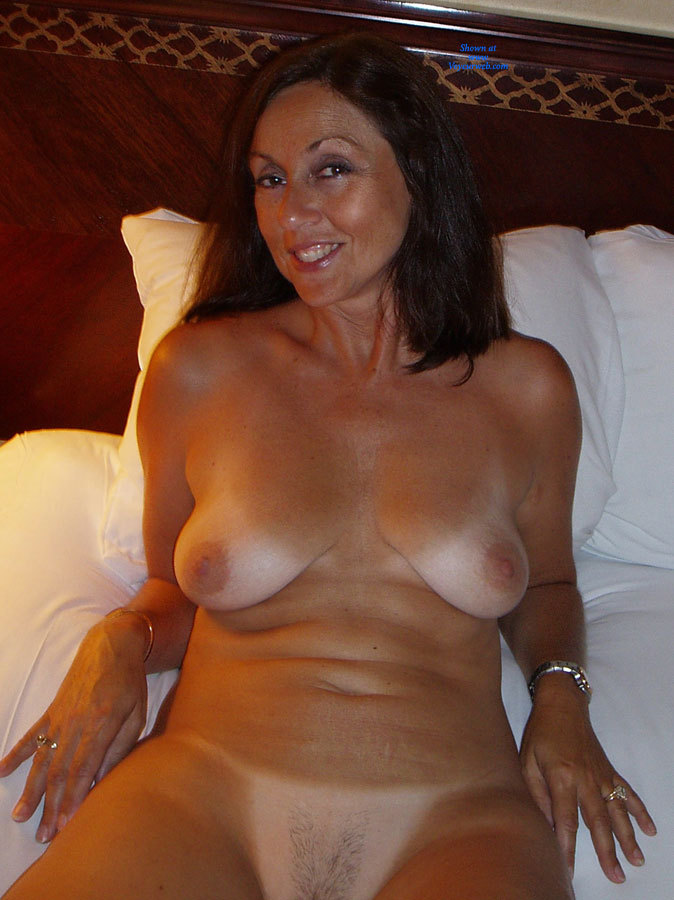 Fabulous busty babe on nude beach free porn xhamster