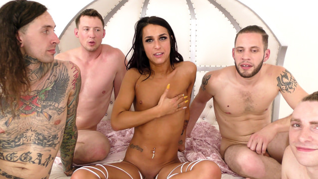 Ice la fox havana ginger have fun with rico strong xxx