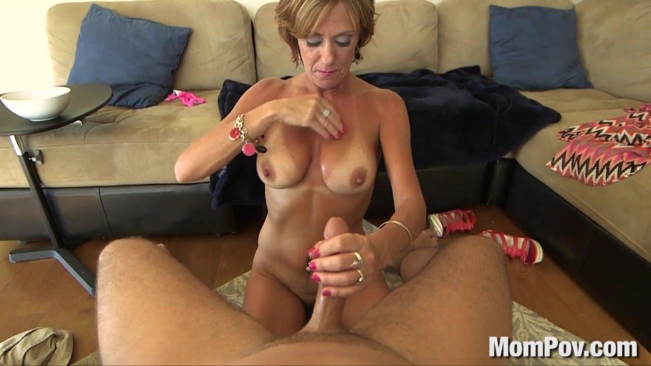 Beautiful jewish girl hitchikes herself into an anal