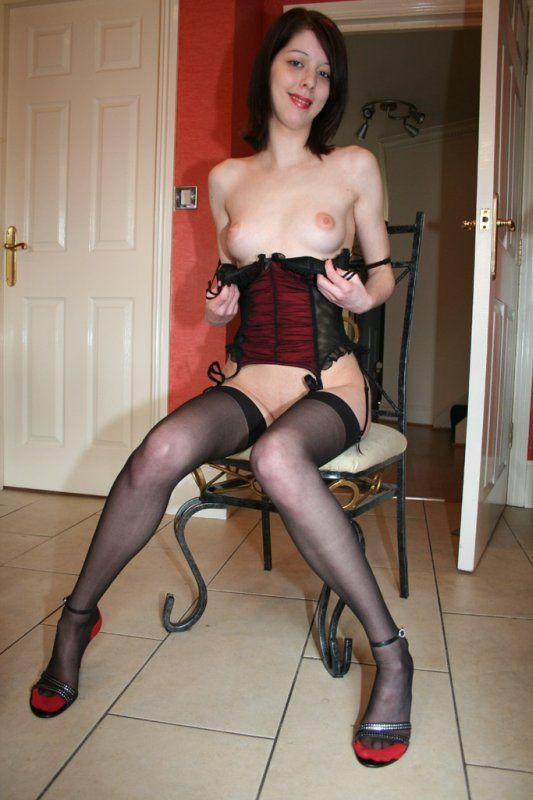 Amateur wife in sexy lingerie porn