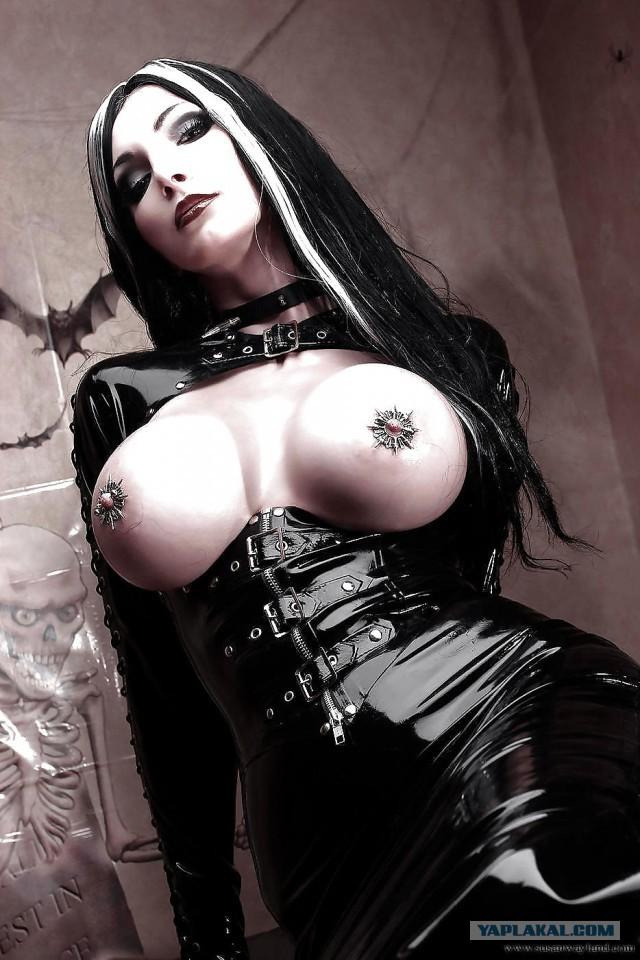 Goth fucking free mature goths porn videos