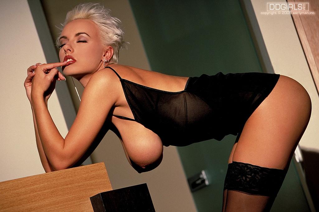 Leanne crow naked boobs gif mega porn pics