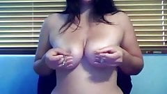 Girl cums teasing her nipples