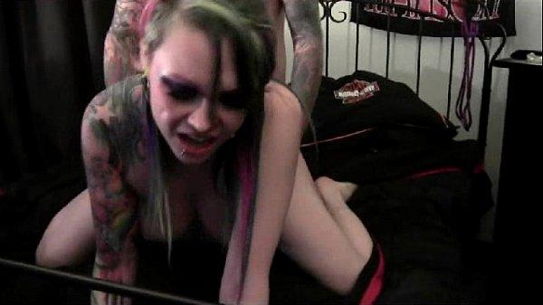 Big ass ebony girl used sex machine on webcam XXX