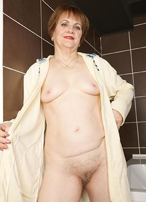 Granny cunt pictures