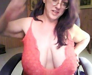 Sexy slut sophie dee plays with her big jugs and pussy on web cam tmb