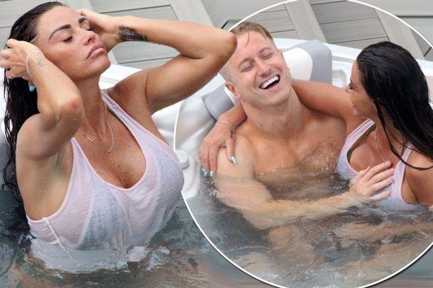 Boobs in hot tub