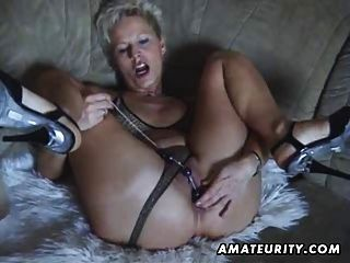Busty free tubes look excite and delight busty