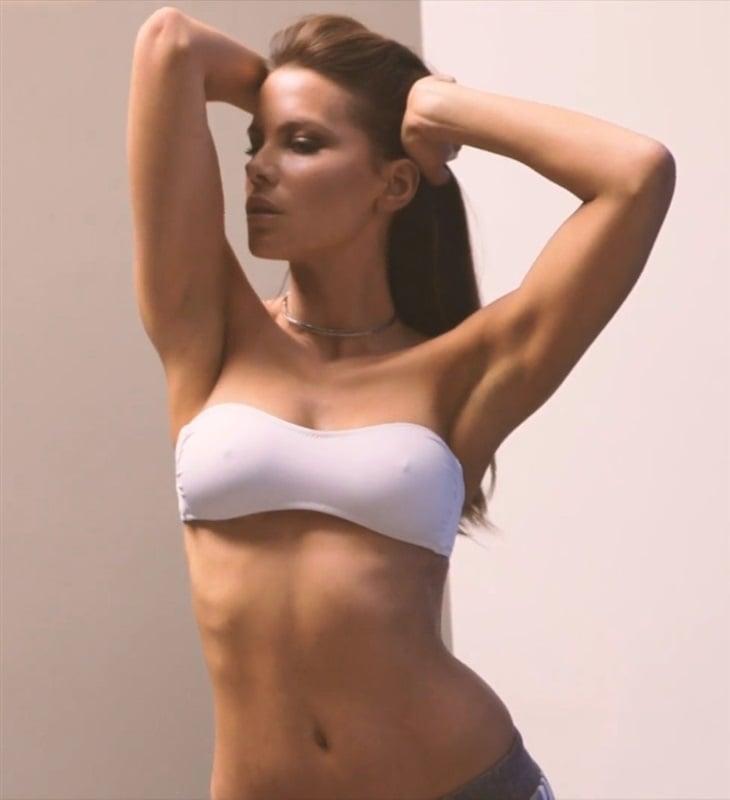 Britney daniels naked