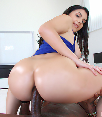 Mature and young fuck