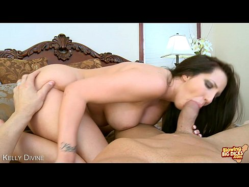 Cock sucking bitch kelly divine shows how good she