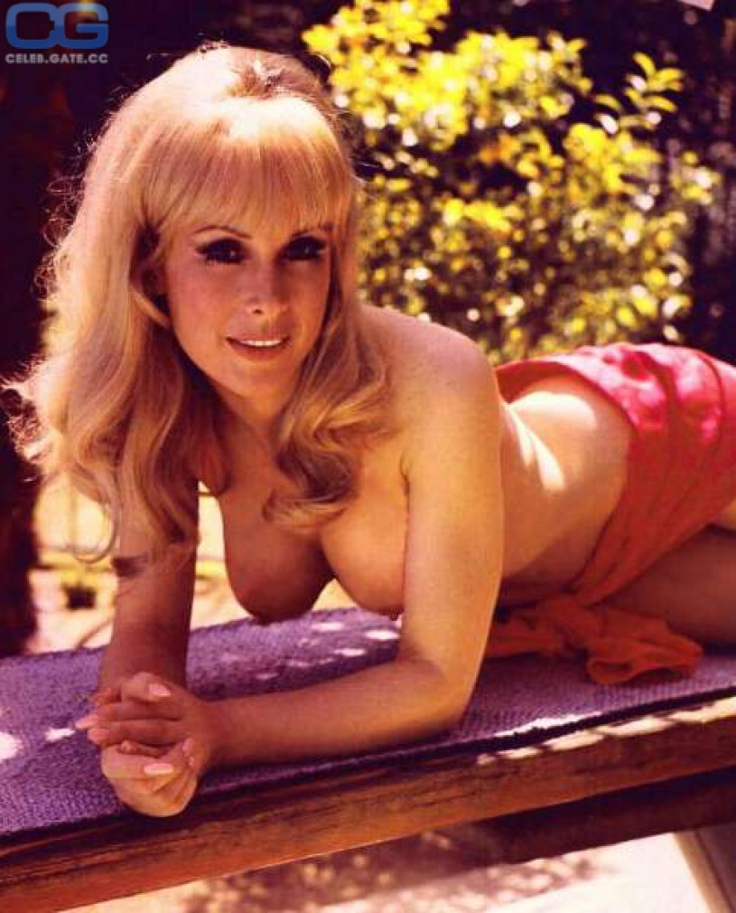 Nude pictures of barbara eden
