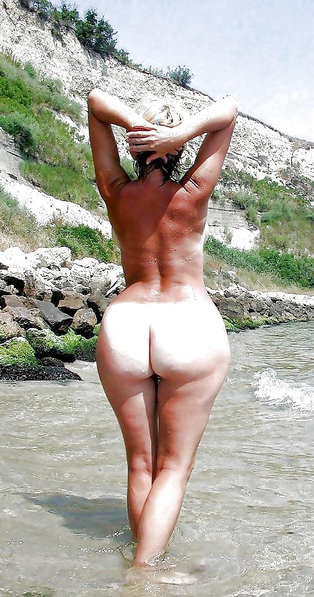 Geile nackte frauen am strand