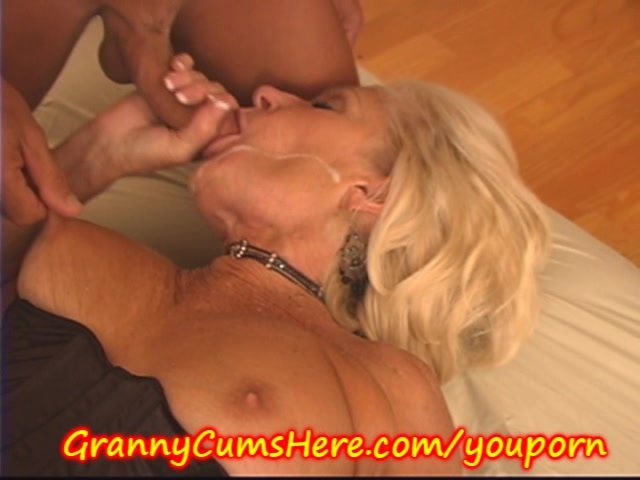 Kinky mature gang bang on a roll