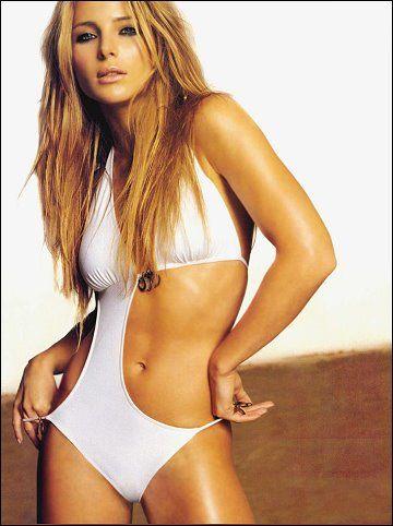 Sarah chalke nude celeb pics celebrities hot girls wallpaper