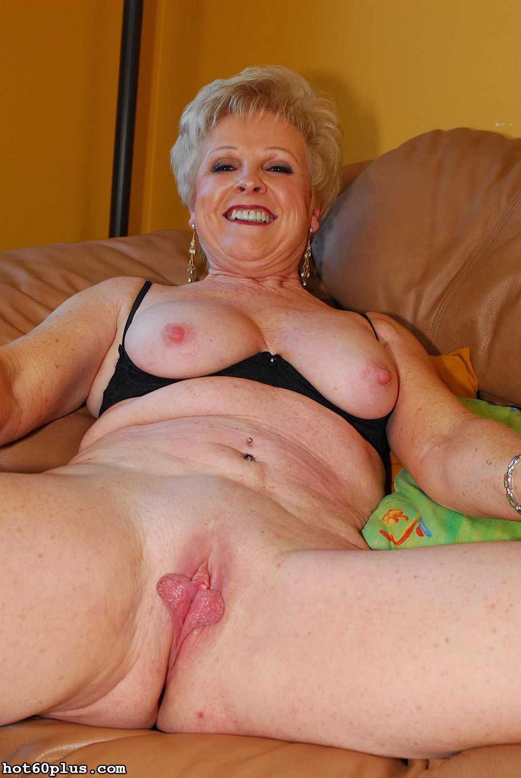 New look erotic artistic blowjob
