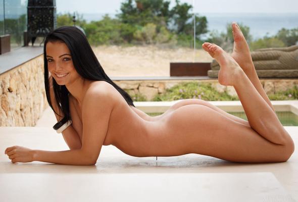 Skinny naked black chicks