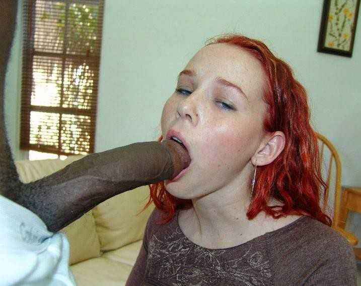 Amazing amateur video the big mouth girl swallows cock