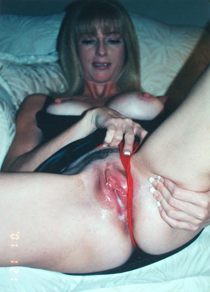 Wife comes home with a pussy full of cum