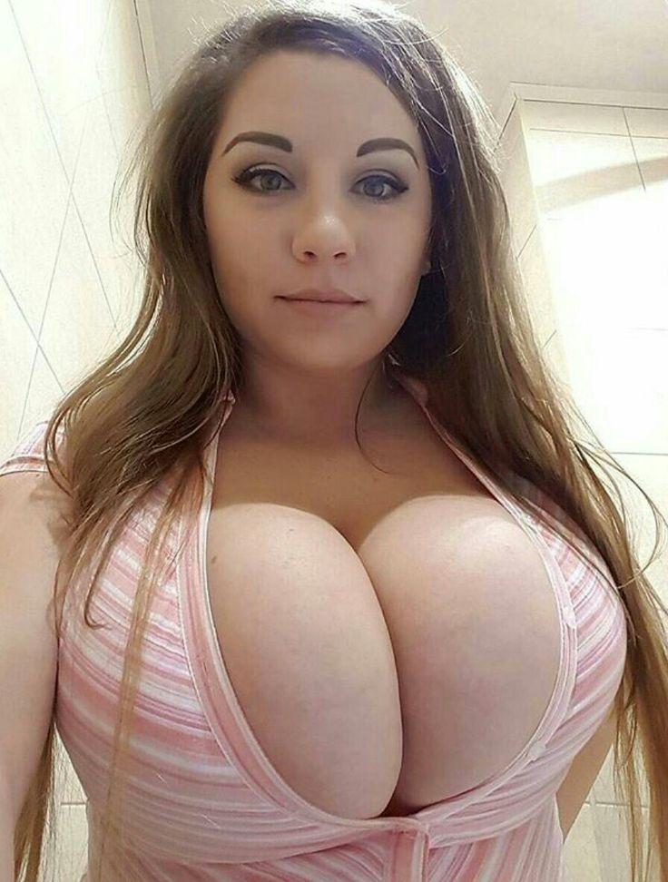 Natalie Knepp  nackt